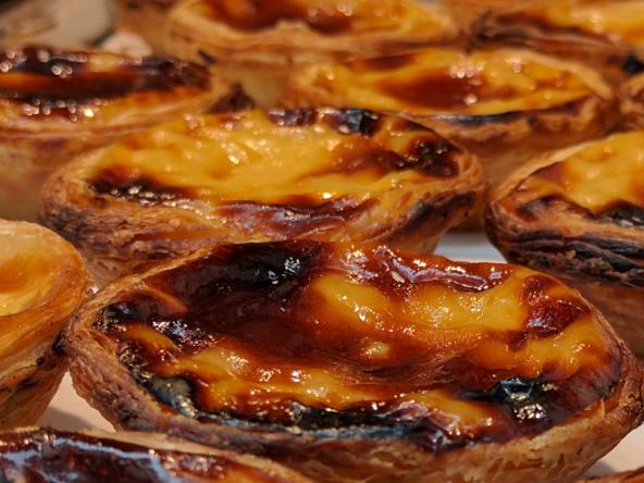 les meilleures pasteis de nata de lisbonne servis dans nos circuits gastronomiques à lisbonne avec treasures of lisboa